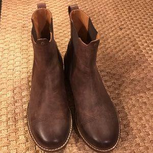 1068cba2da8f OluKai Makaloa boots